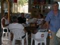 BAR DA CARLO- (antico punto di ristoro e riferimento per degustare i ricci) (2) - clienti in attesa